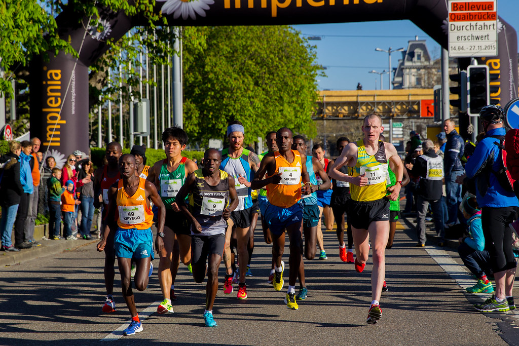 A tendência de imitar os corredores profissionais