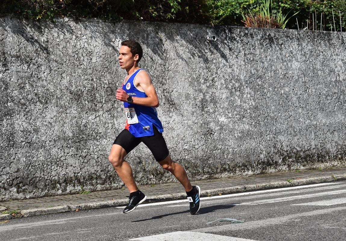 Desenvolver velocidade no atletismo aos 30 anos